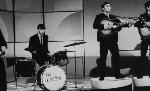 George Harrison's widow gives Ringo Starr a set of handwritten lyrics – ABC News