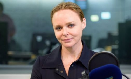 Stella McCartney proud of her Beatle dad's song – BBC News