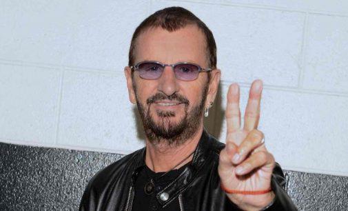 I love using emojis on Twitter: Ringo Starr | Business Standard News