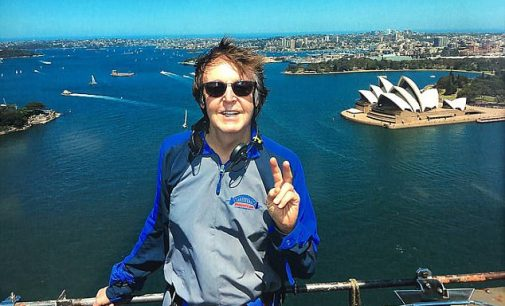 Paul McCartney first Beatle to climb Sydney Harbour Bridge | Daily Mail Online