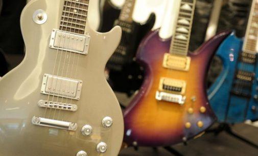 Legendary guitar maker Gibson files for bankruptcy – France 24