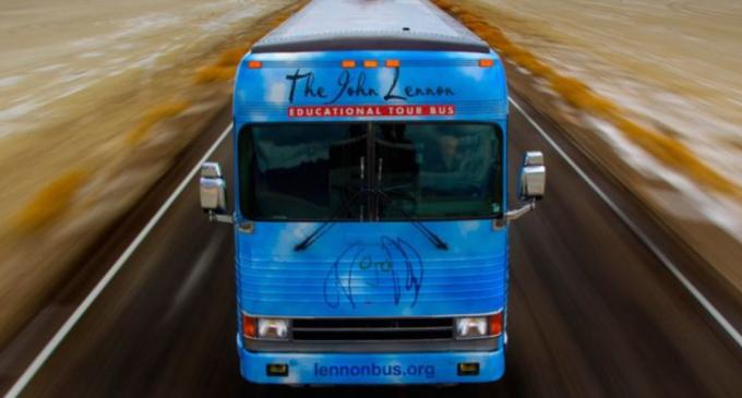 Yoko Ono, Ringo Starr And Jeff Bridges Come Together For John Lennon Educational TourBus | ETCanada.com