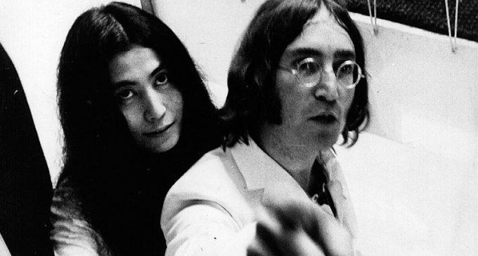 The Beatles' John Lennon's Rare Colored Photo With Yoko Ono Leaked Online – Metalhead Zone