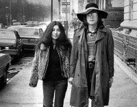 The Backstory Of The Beatles' John Lennon's Bed Photo With Yoko Ono Revealed – Metalhead Zone