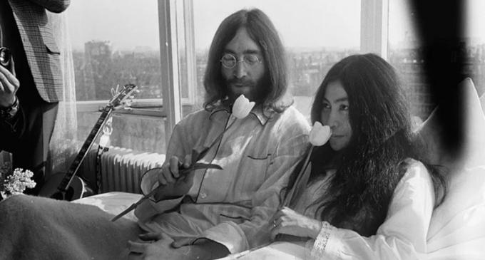 John Lennon & Plastic Ono Band make 'Give Peace A Chance'