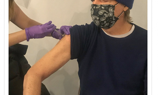 Paul McCartney encourages his fans to get vaccinated against coronavirus